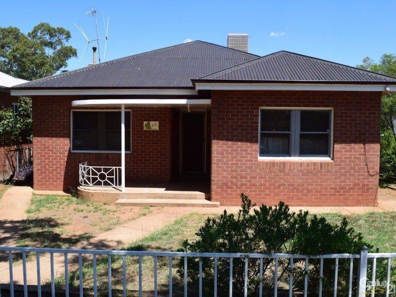 23 Mitchell Street, Parkes, NSW 2870