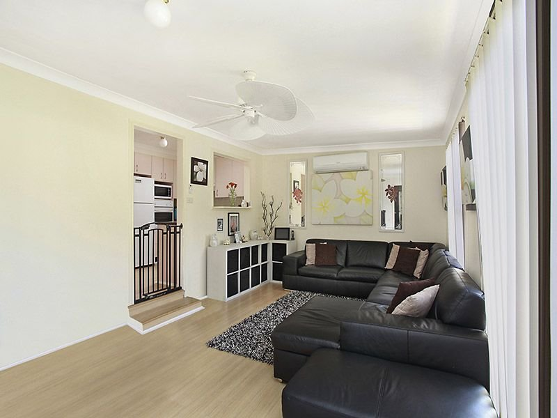 8 Barton Street, Doyalson, NSW 2262