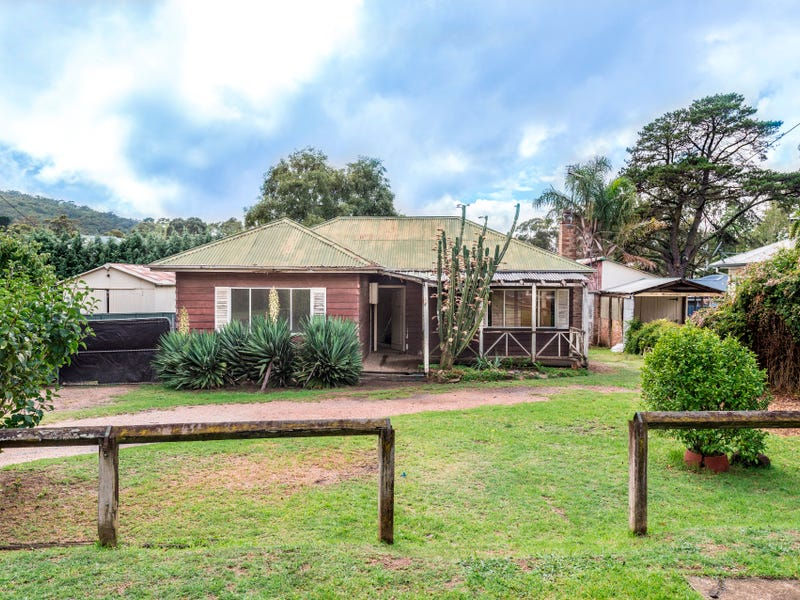 18 Henderson Avenue, Mittagong, NSW 2575
