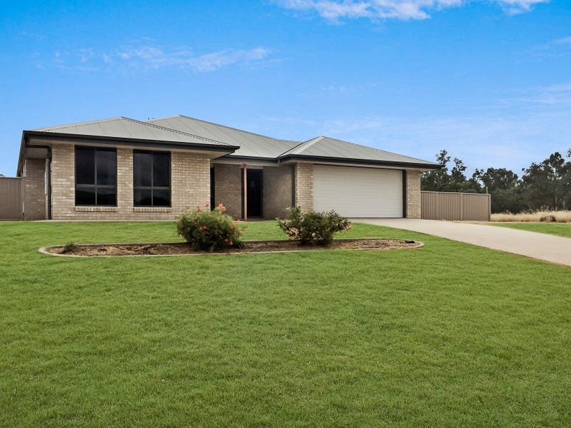39 Cypress Pines Drive, Miles, Qld 4415