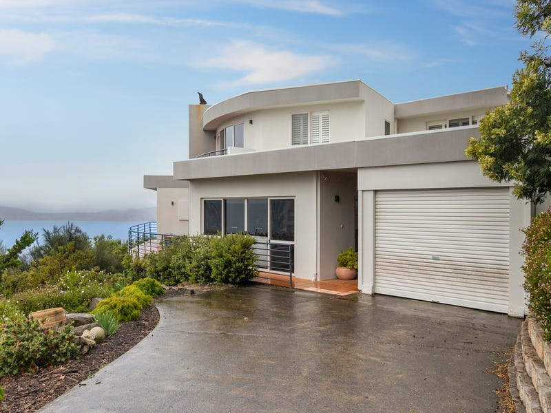 23 Enterprise Road, Sandy Bay, Tas 7005