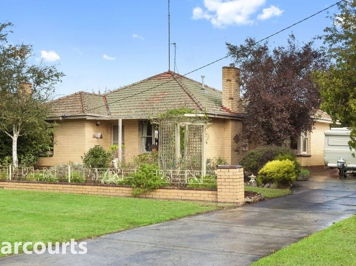 304 Lal Lal Street, Canadian, Vic 3350