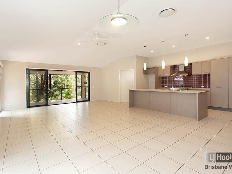 23 Courtney Place, Moggill, Qld 4070