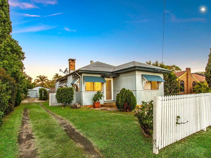 196 Ocean Beach Road, Woy Woy, NSW 2256