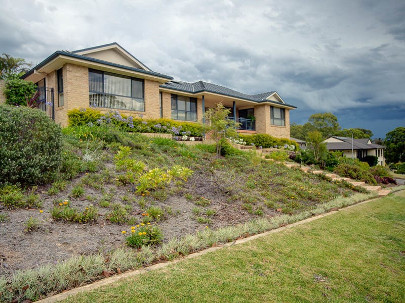 2 Timbertop Avenue, Forster, NSW 2428