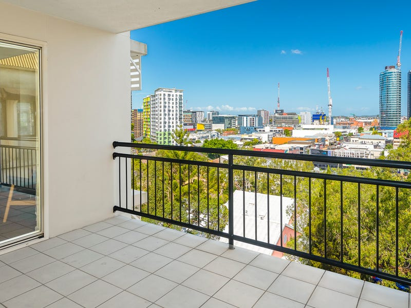 53/451 Gregory Tce, Spring Hill, Qld 4000