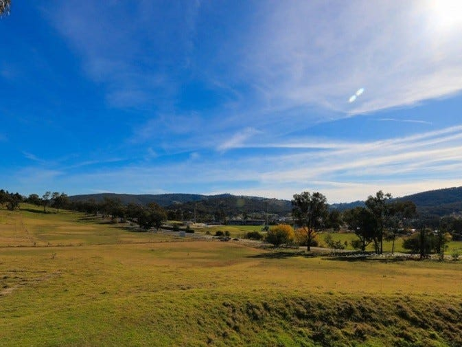 Lot 5 Hennessy Place, Hamilton Valley