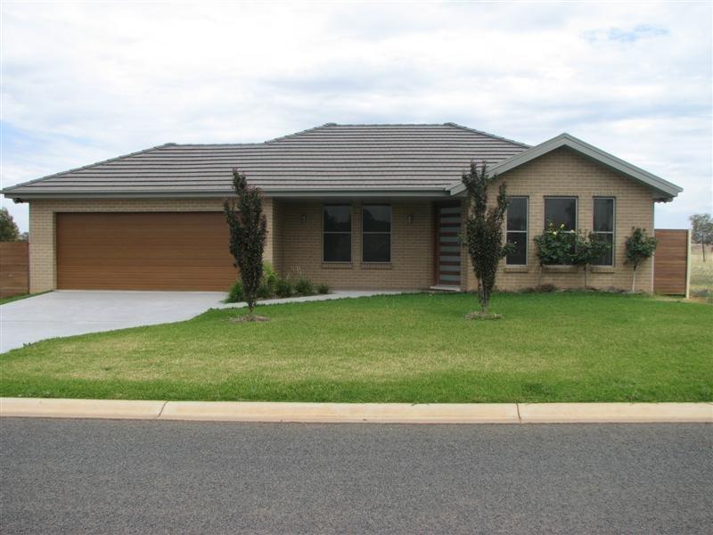 6 Bluebell Street, Canowindra, NSW 2804