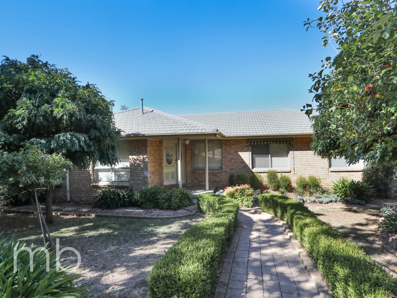 61 Amana Circuit, Orange, NSW 2800