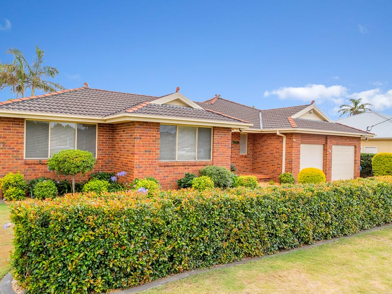 100 Pacific Street, Toowoon Bay, NSW 2261