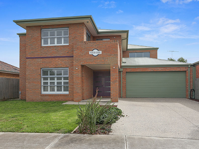23 Myrtle Grove, North Shore, Vic 3214