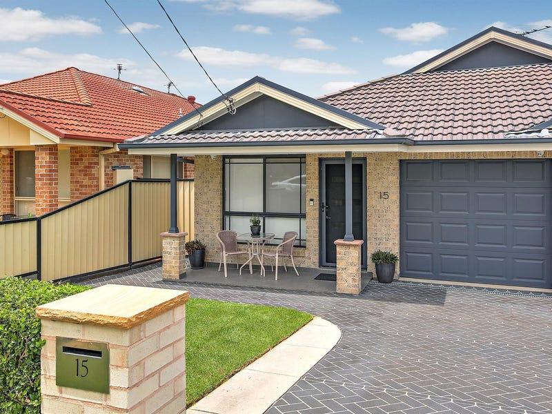 15 Matthews Avenue, East Hills, NSW 2213