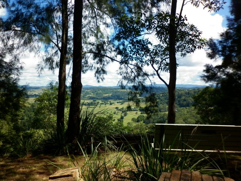 33 Highview Crescent, Modanville, NSW 2480