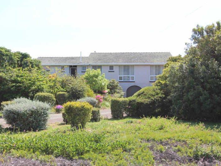 215  Torquay Road, East Devonport, Tas 7310