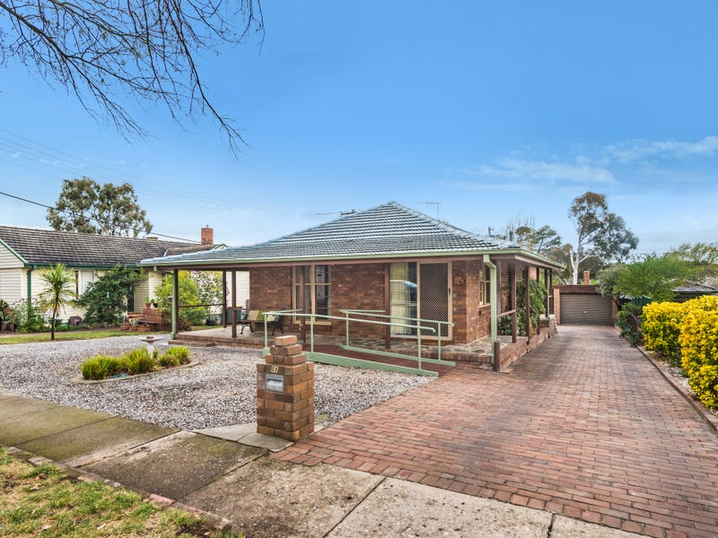 68 Warramoo Crescent, Narrabundah, ACT 2604