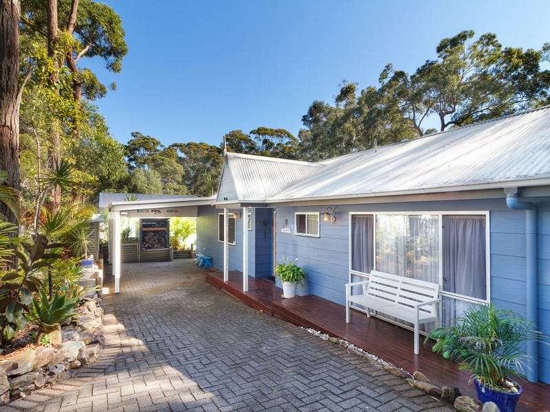 110 Amaroo Drive, Smiths Lake, NSW 2428