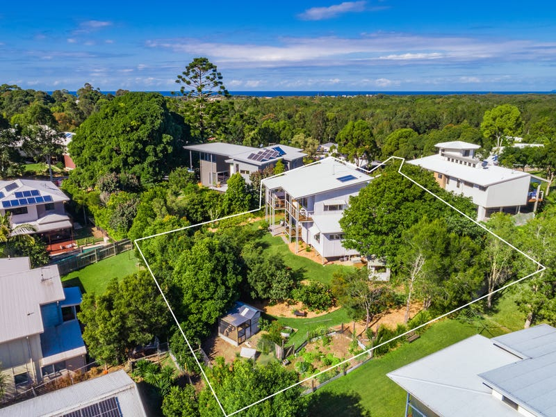 18 Hovea Drive, Pottsville, NSW 2489