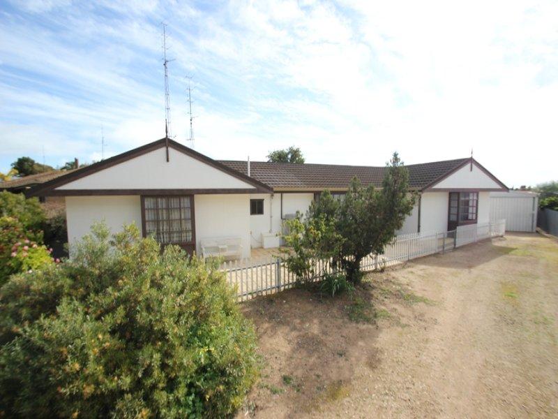 12 Kitto Road, Moonta Bay, SA 5558