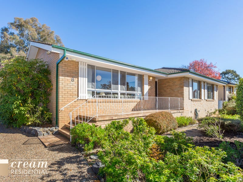 8 Pearson Street, Holder, ACT 2611