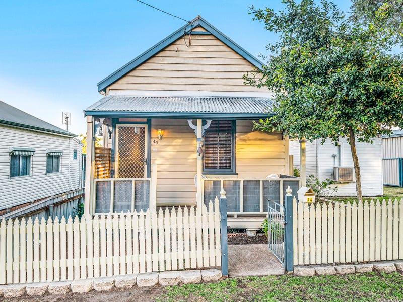 44 Sixth Street, Weston, NSW 2326