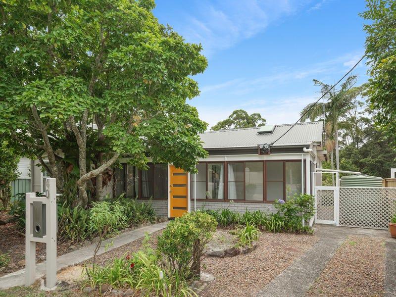 40 Serpentine Road, Erina Heights, NSW 2260