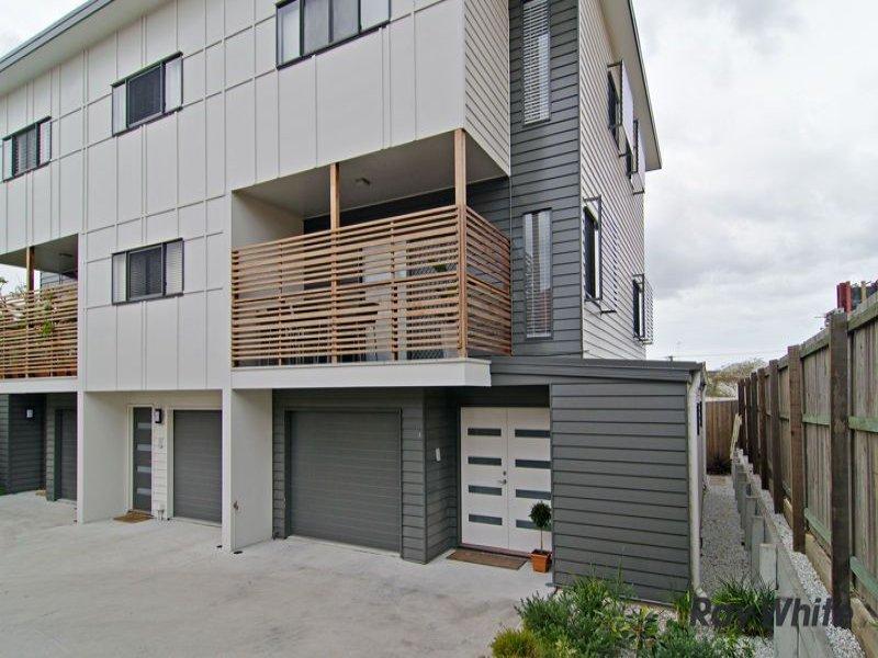 3 53 rosemount terrace windsor qld 4030 property details for Queensland terrace