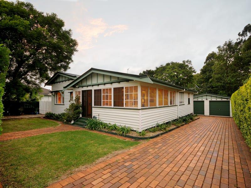 25 Sir Street, East Toowoomba, Qld 4350