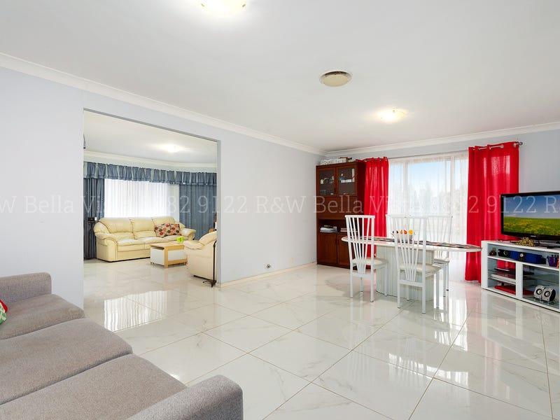 4 Arizona Place, Stanhope Gardens, NSW 2768