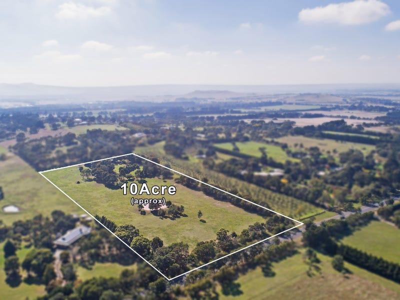 302 Couangalt Road, Gisborne South, Vic 3437