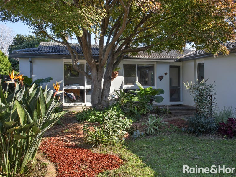 76 Riverview Road, Nowra, NSW 2541