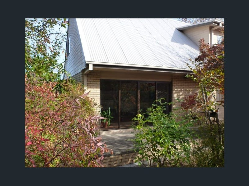 14 Whitehead Street, Khancoban, NSW 2642