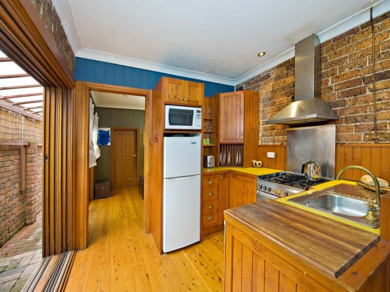 27 Illawarra Road, Marrickville, NSW 2204