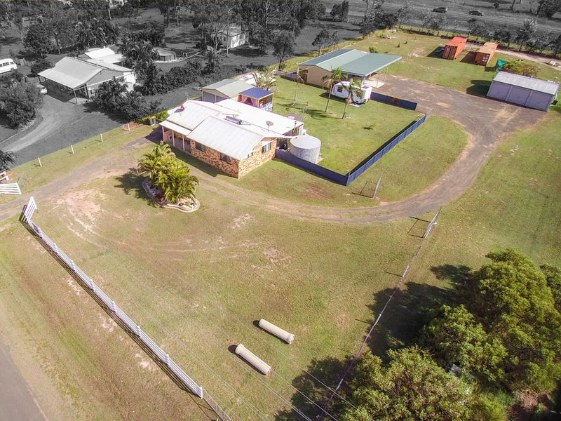 74 Pharlap Parade, Branyan, Qld 4670