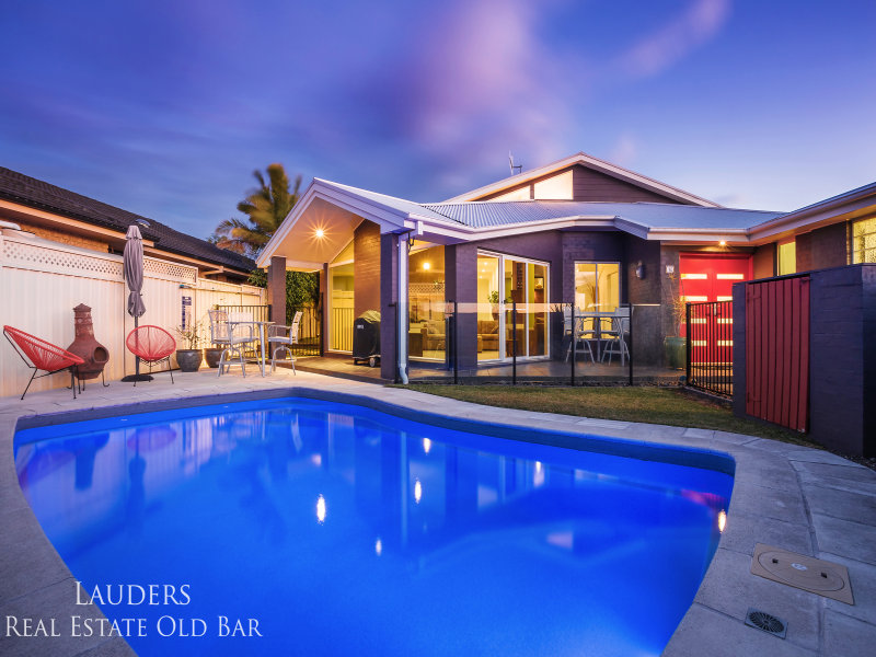 16 Coronation Street, Old Bar, NSW 2430