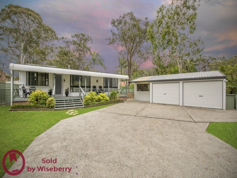 18 Lakeshore Ave, Kingfisher Shores, NSW 2259