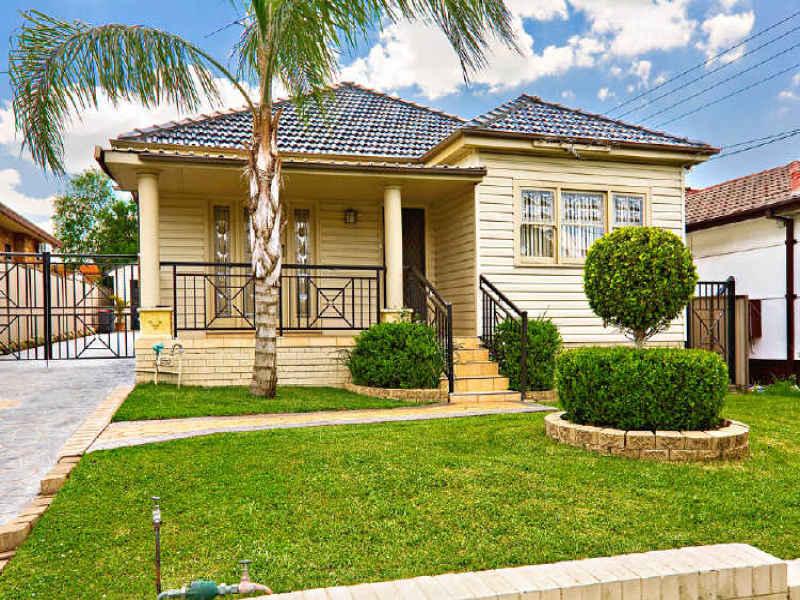 138 Rawson Road, Greenacre, NSW 2190