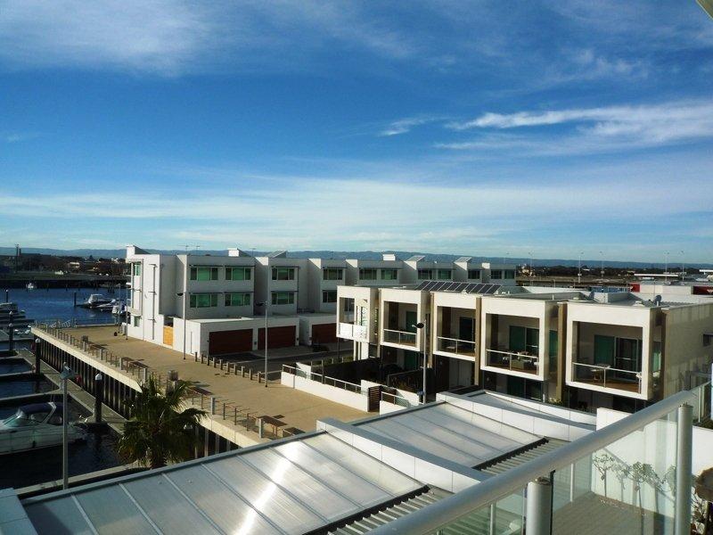 306 Tarni Court, Port Adelaide, SA 5015