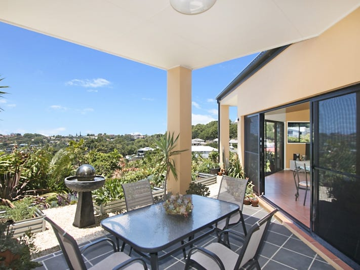 11 Mourne Terrace, Banora Point, NSW 2486