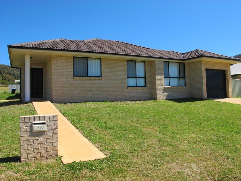 13 Menah Avenue, Mudgee, NSW 2850
