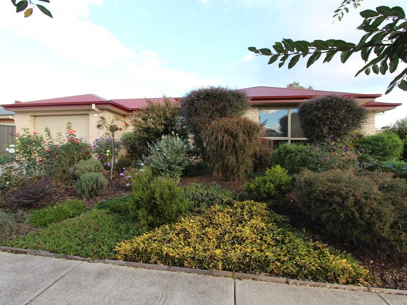 1/52 Cambridge Drive, Mansfield, Vic 3722