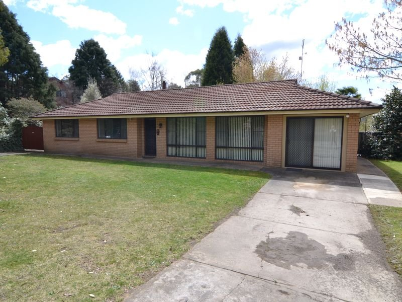 66 Oakey Forest Road, Marrangaroo, NSW 2790