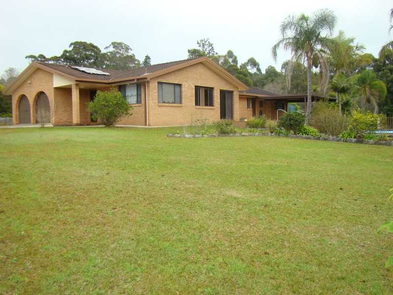 12 Coreen Place, Bonny Hills, NSW 2445