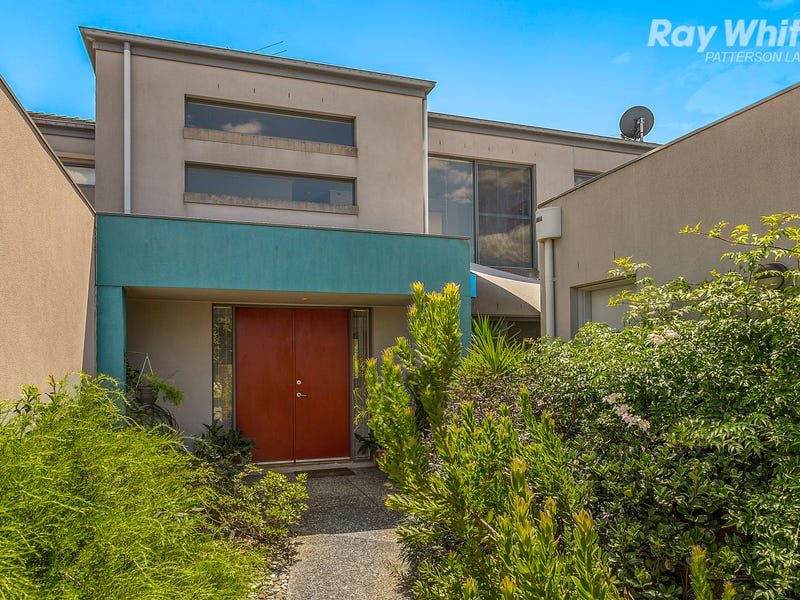 11 Fisher Mews, Waterways, Vic 3195