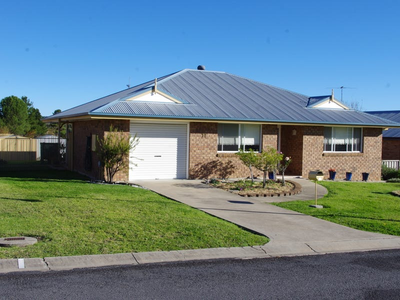 11 Libani Close, Inverell, NSW 2360
