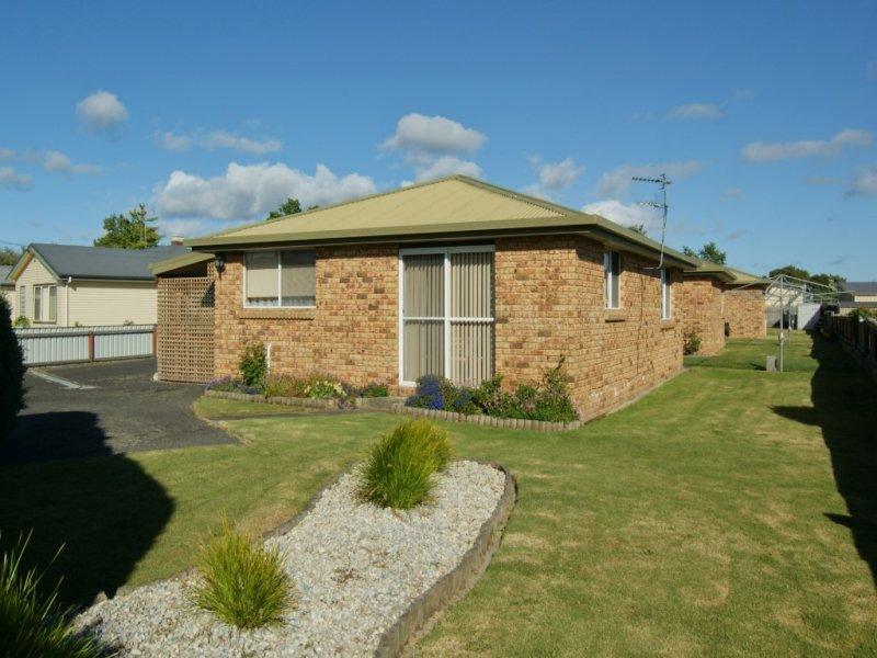 Unit 1/3 Eastland Drive, Ulverstone, Tas 7315
