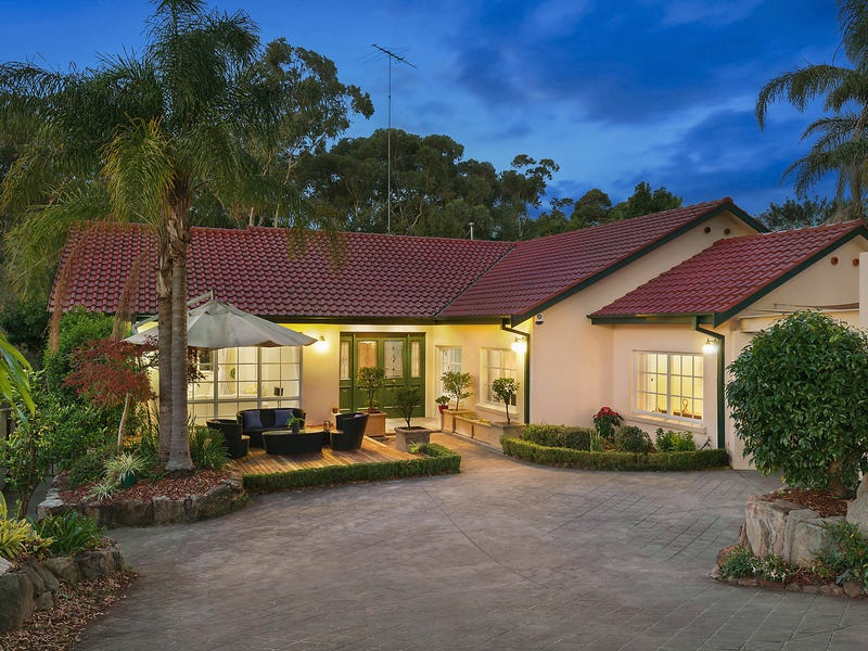 220 Ridgecrop Drive, Castle Hill, NSW 2154
