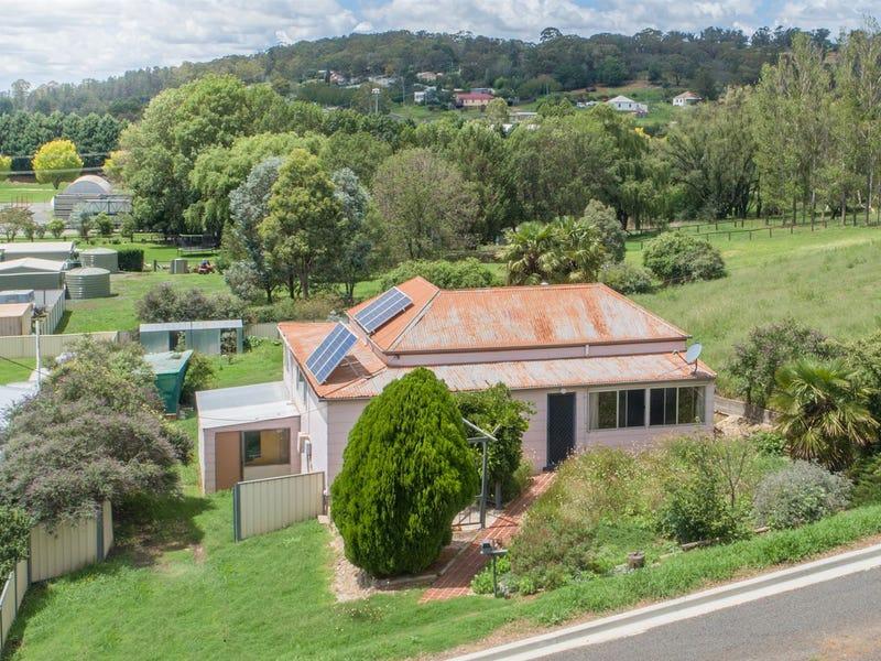 13S South St, Walcha, NSW 2354