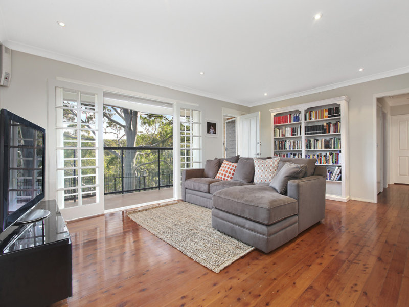 10 Cobargo Road, Gymea Bay, NSW 2227