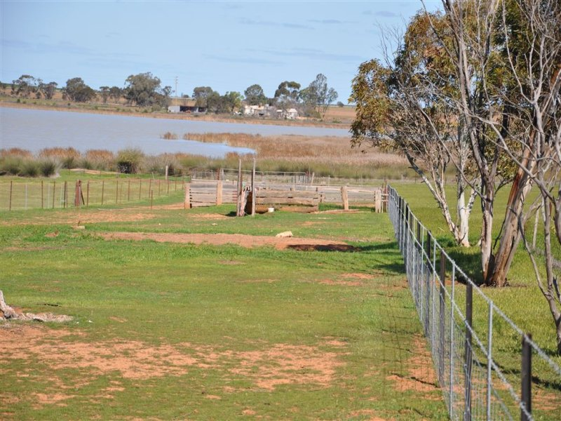 46 Lake Charm East Road, Lake Charm, Vic 3581