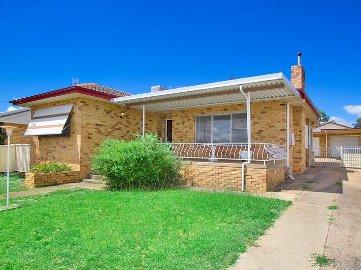 17 John Street, South Tamworth, NSW 2340